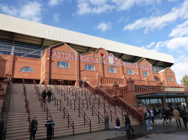 16 Aston Villa (2)