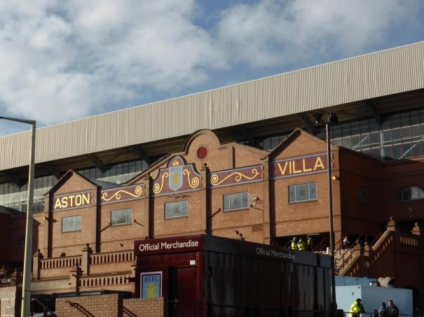 16 Aston Villa (6)